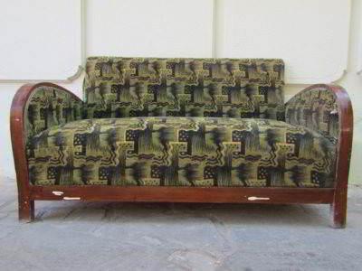 είναι καναπές διθέσιος κλασικός art deco ξύλινος μεταχειρισμένος