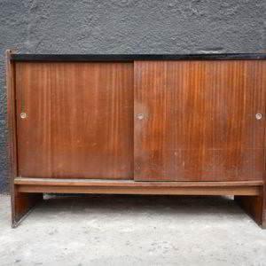 ντουλάπι ξύλινο μεταχειρισμένο vintage retro