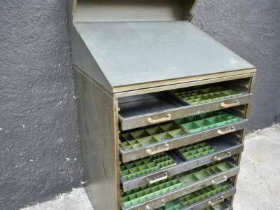 DSC 6954 400x300 - συρταριέρα τυπογράφου DSC_6953