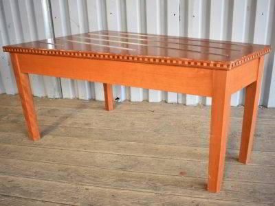 DSC 6459 400x300 - Τραπέζι για βαλίτσες DSC_6459